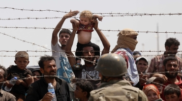 Refugee crisis roils Europe