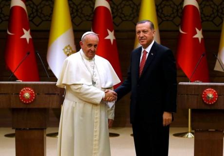 erdogan-pope-flags