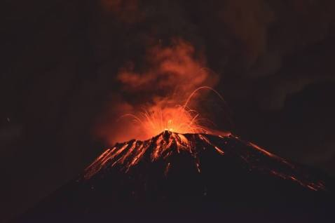 popocatepetl-volcano-eruption