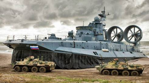 Russia-exercising-amphibious-assault