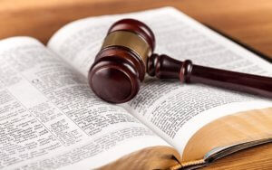 gavel-on-Bible