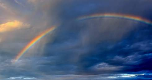 rainbow-in-the-cloud